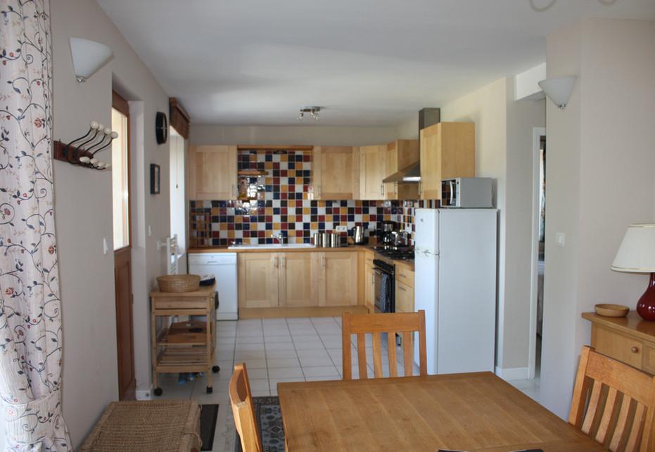 Grand Camus Kitchen/Dining Room