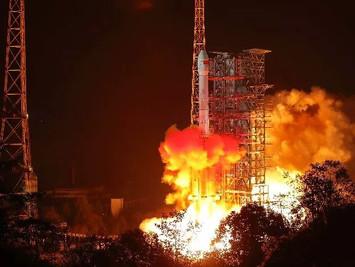 厉害了!比利时媒体集体惊叹:中国成功登陆月球背面,种菜养蚕……