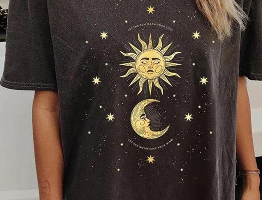 T-shirt Plus Size com gola redonda