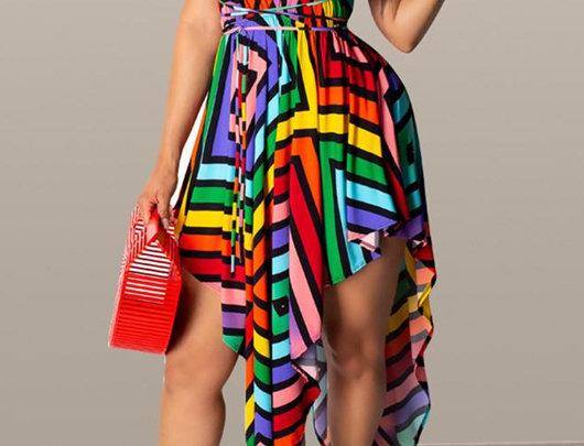 Vestido colorido sem costas com decote em v