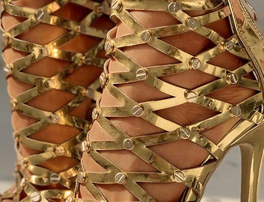 sandálias de salto fino Muti-Strap