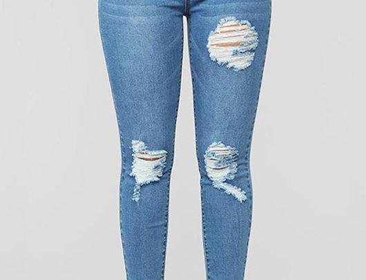 Jeans de cintura alta com botão recortado na frente