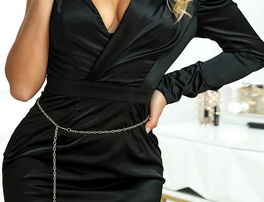 Um ombro vestido Bodycon