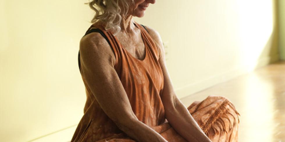 Elinvoimainen Nainen Sydänpiiri & Yin yoga verkossa