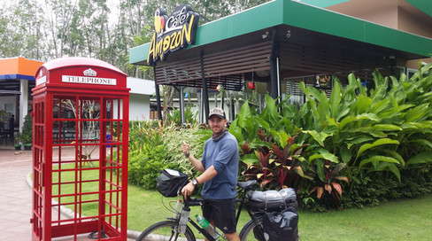 An English post box in Thailand, what the deuce?