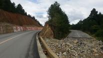 Roads destroyed by rockslides, northern Yunnan