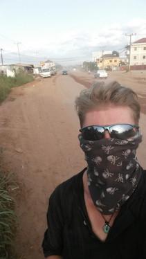 Entering Laos near Vientiene, very dusty