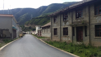 An abandoned ghost town in southern Sichuan