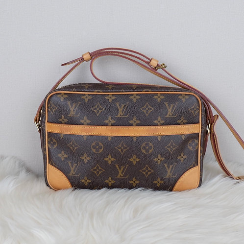 LOUIS VUITTON TROCADERO MONOGRAM 2011 - MB2181