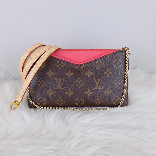 LOUIS VUITTON PALLAS CLUTCH ROSE LITCHI MONOGRAM - CA1136