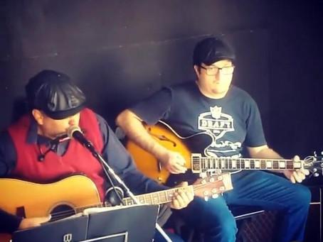 Duo de Blues em São Paulo, faz apresentação ao vivo na web