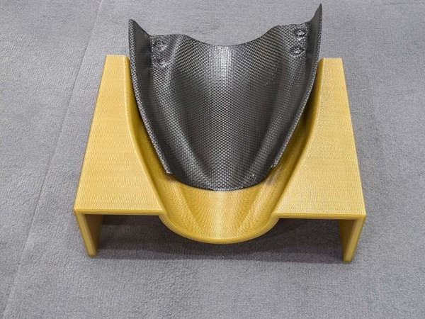 3D printed mold and molded carbon fiber part