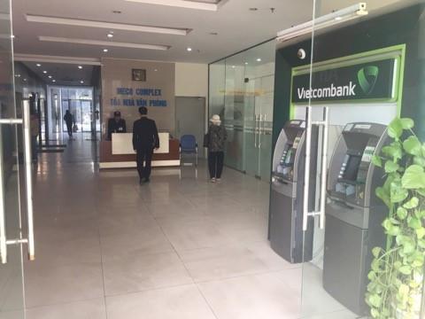 (Ảnh: Ngân hàng, ATM VietcomBanK)