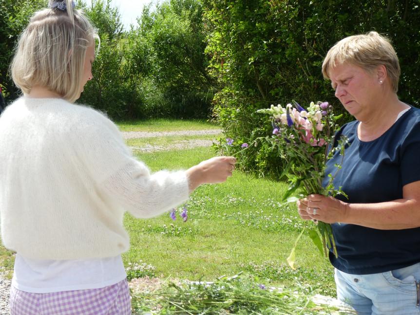 Blomsterbinding til KREA Camp