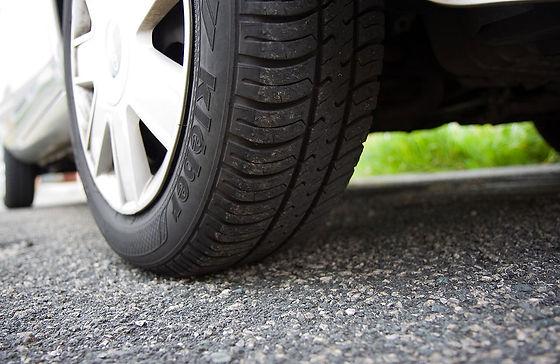8446-close-up-of-a-car-tire-pv_orig.jpg