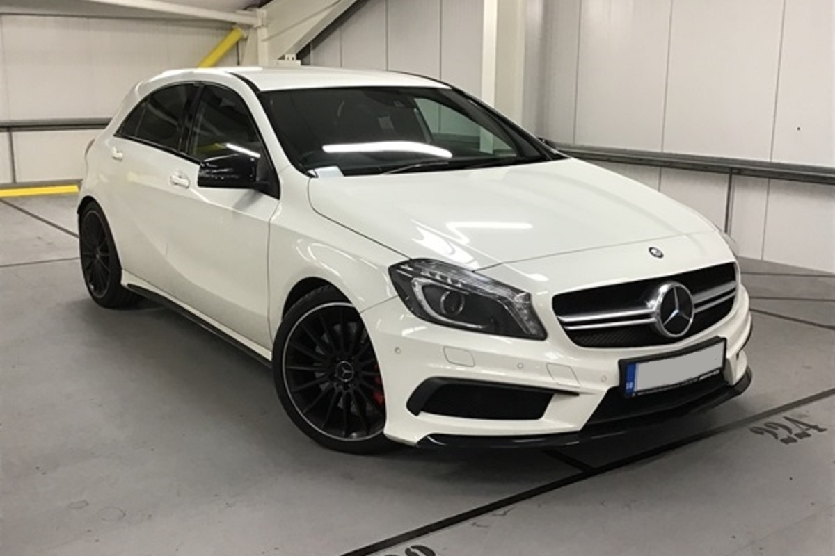 Mercedes A45 AMG White 01