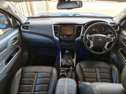 Mitsubishi L200 Double Cab Blue 10