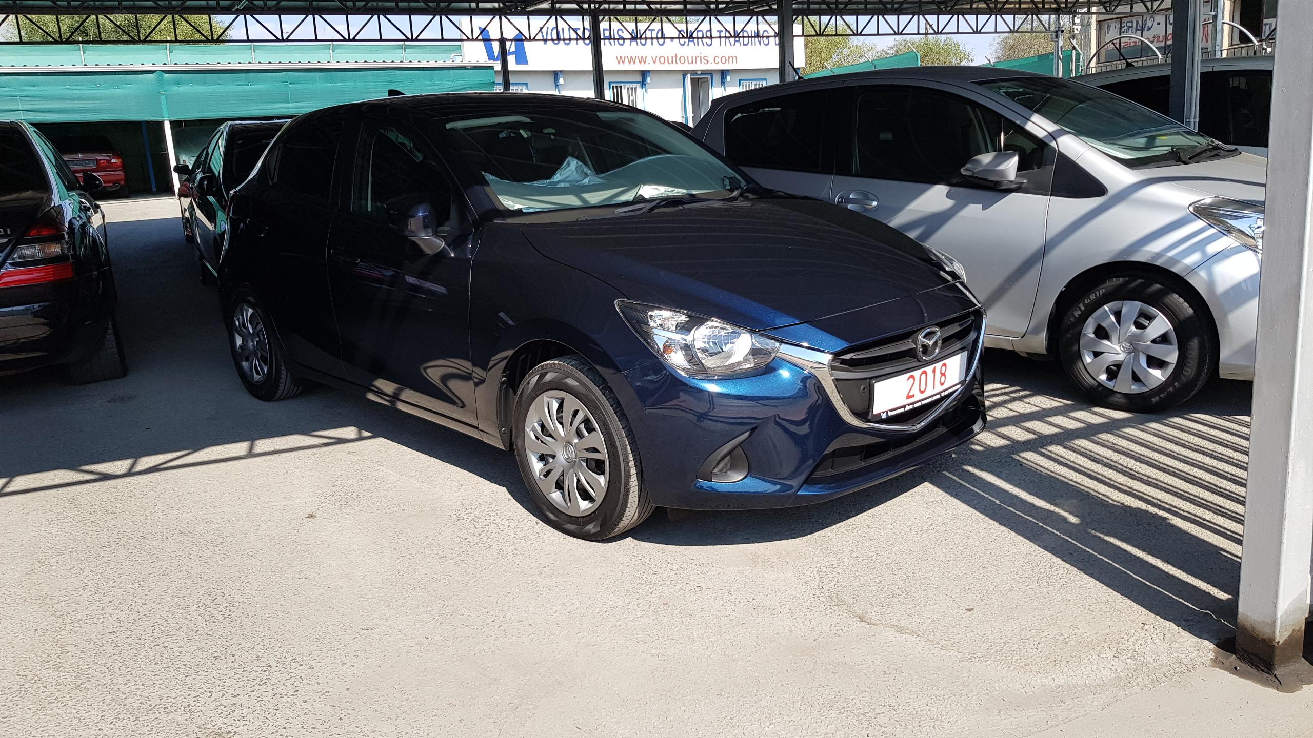 Mazda Demio 2018 Dark Blue 02