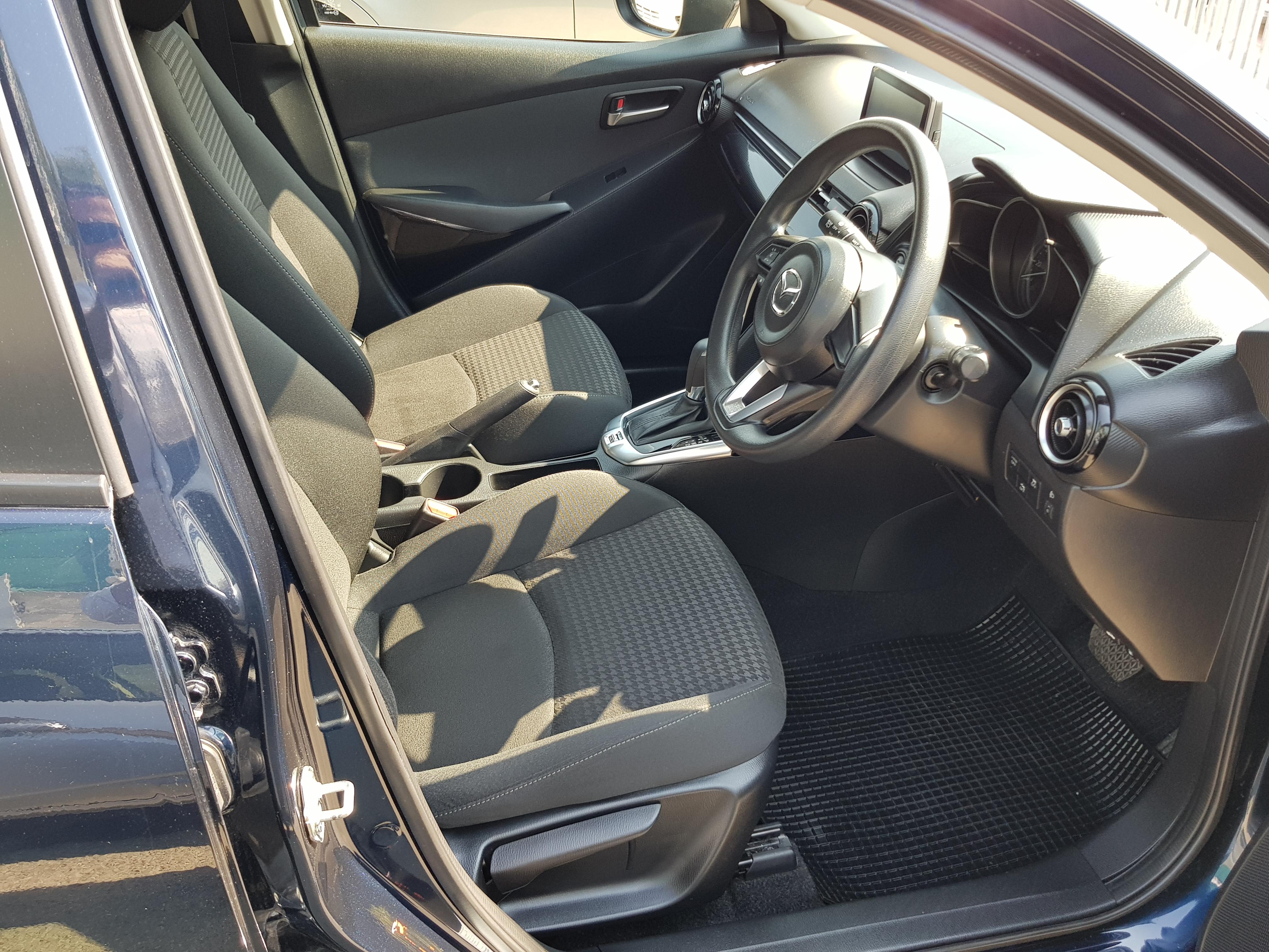 Mazda Demio Dark Blue 06