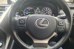 Lexus NX300H Light Grey 11
