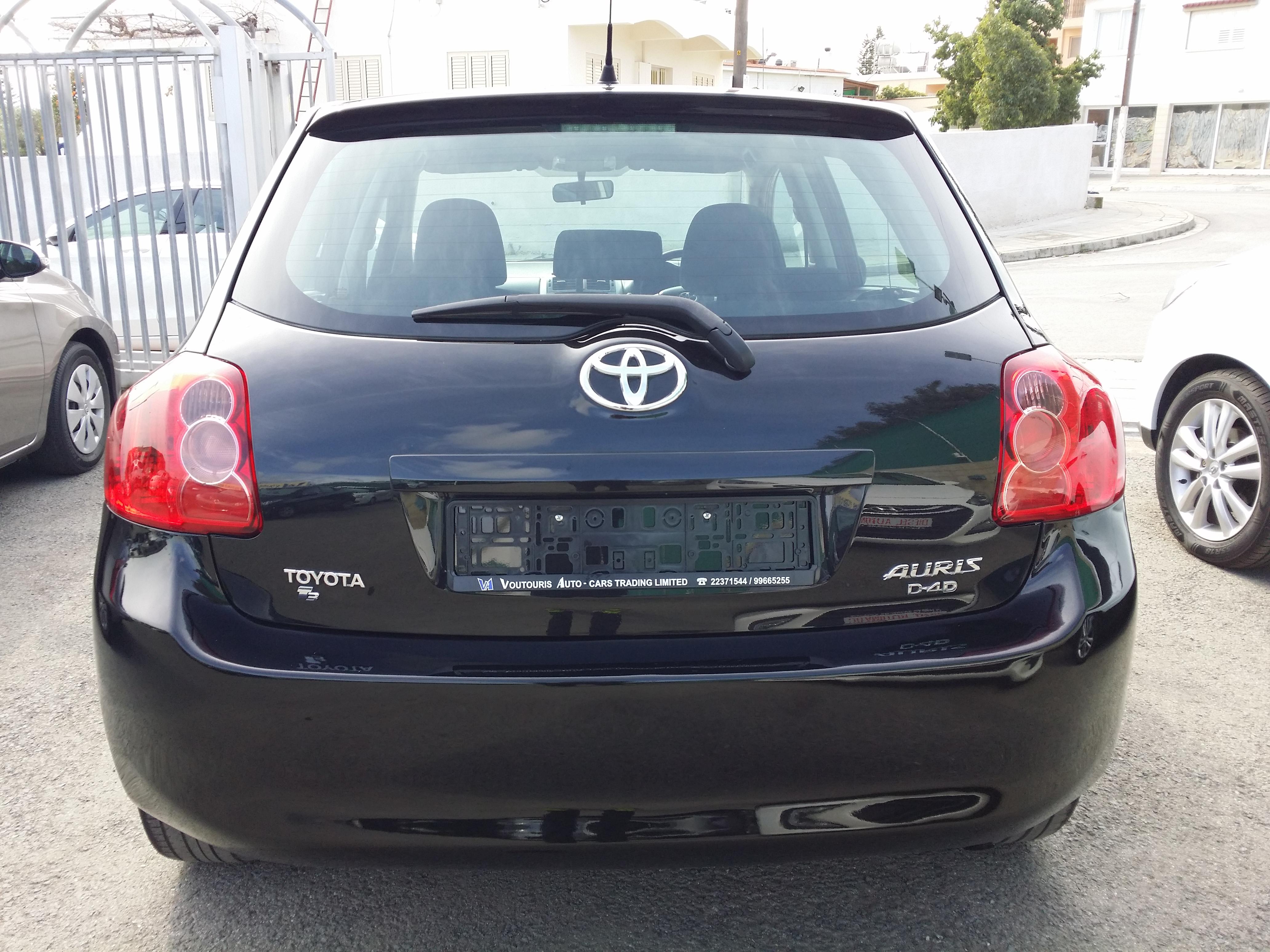 Toyota Auris Black D4D