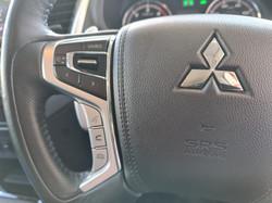 Mitsubishi L200 Double Cab Blue 17