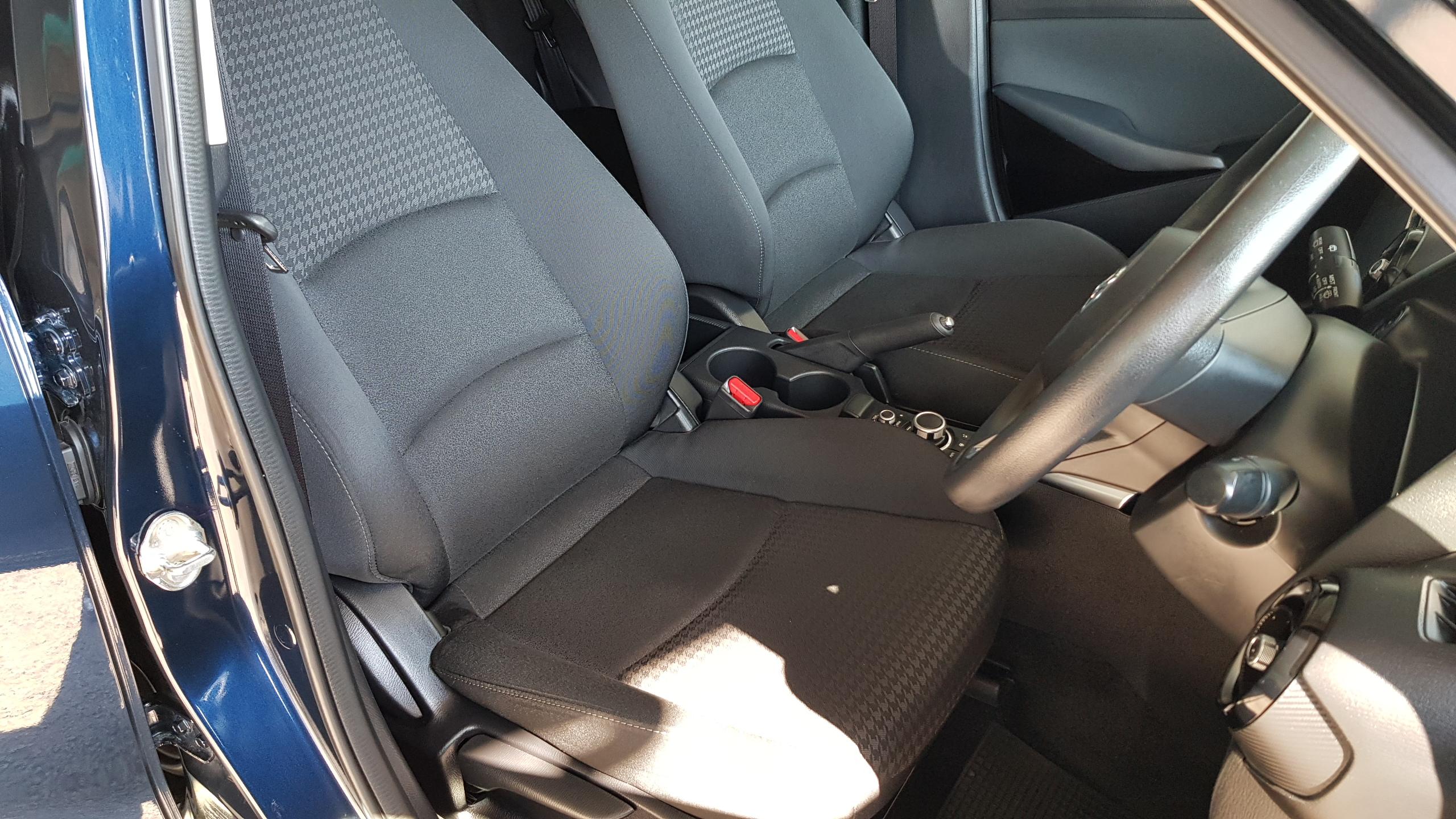 Mazda Demio 2018 Dark Blue 10