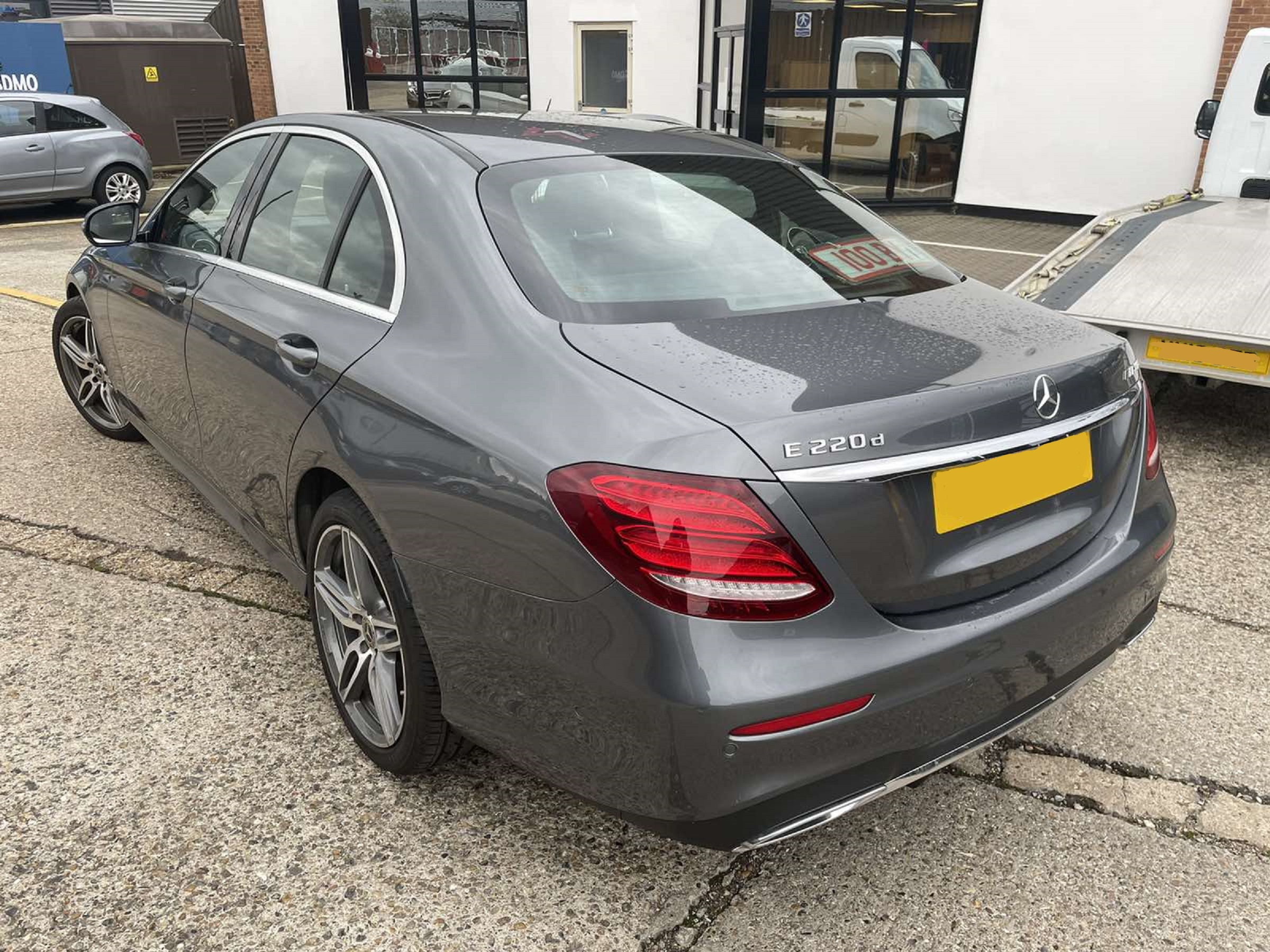 Mercedes E220d Dark Grey 04