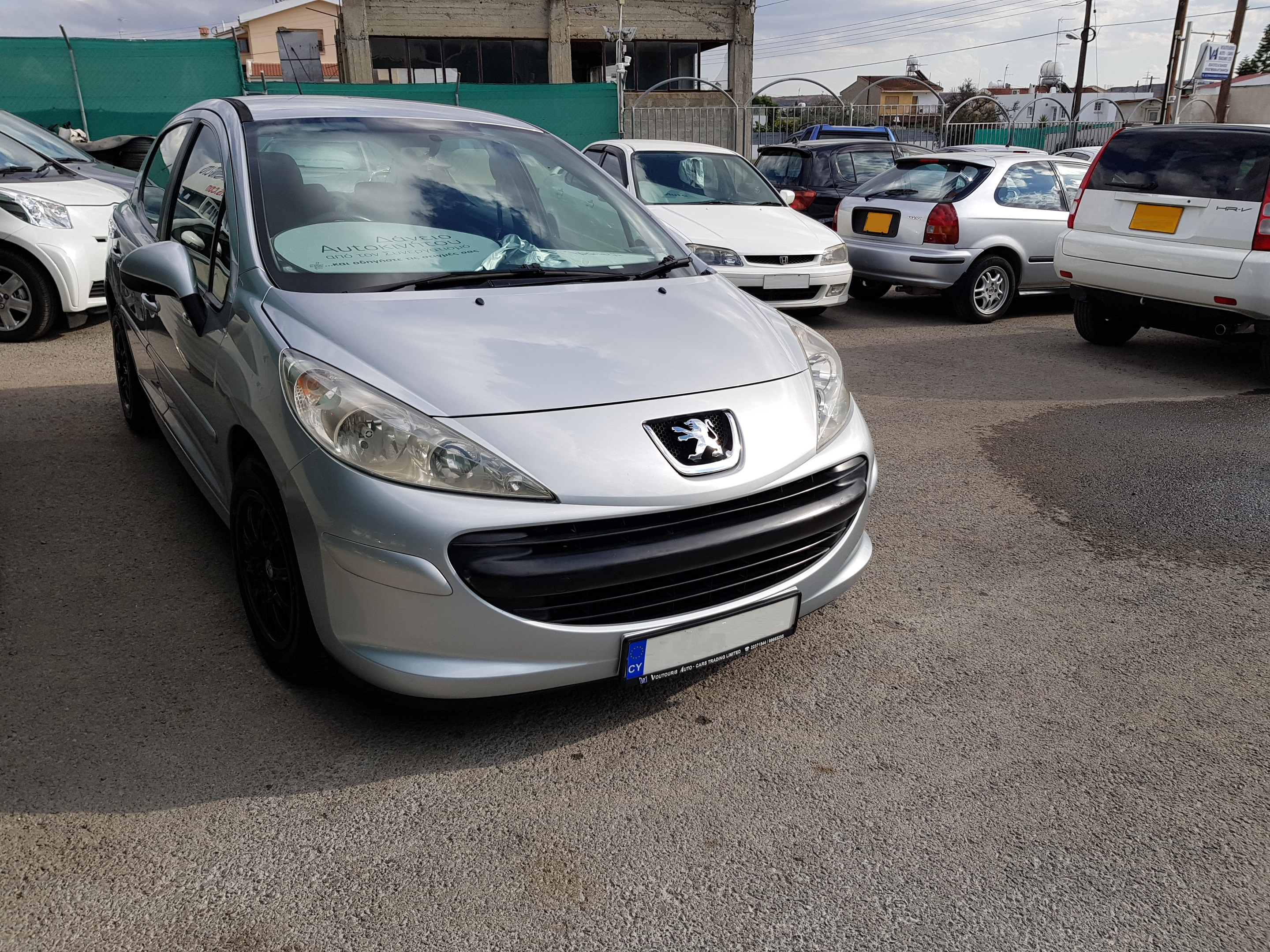 Peugeot 207 Silver 01