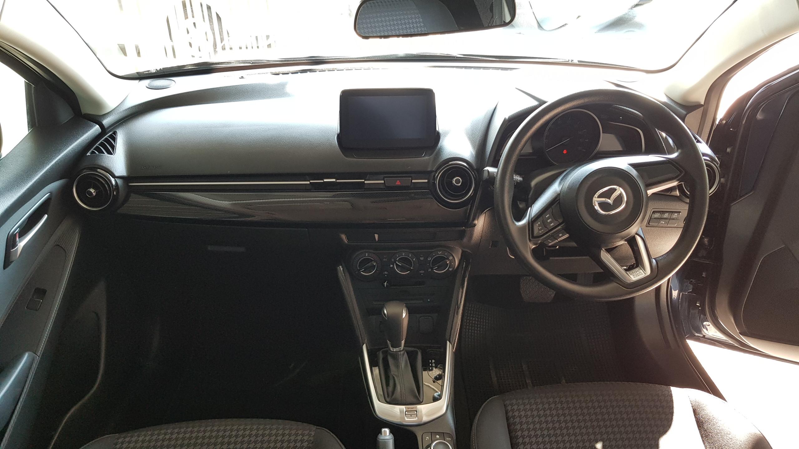 Mazda Demio 2018 Dark Blue 09
