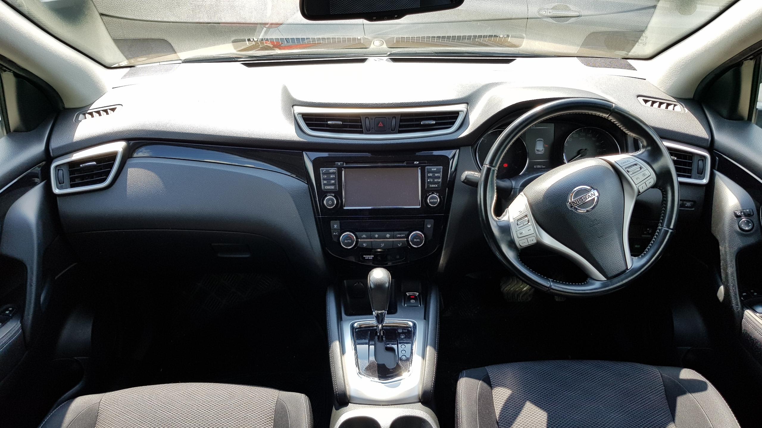 Nissan Qashqai Grey Metallic 07