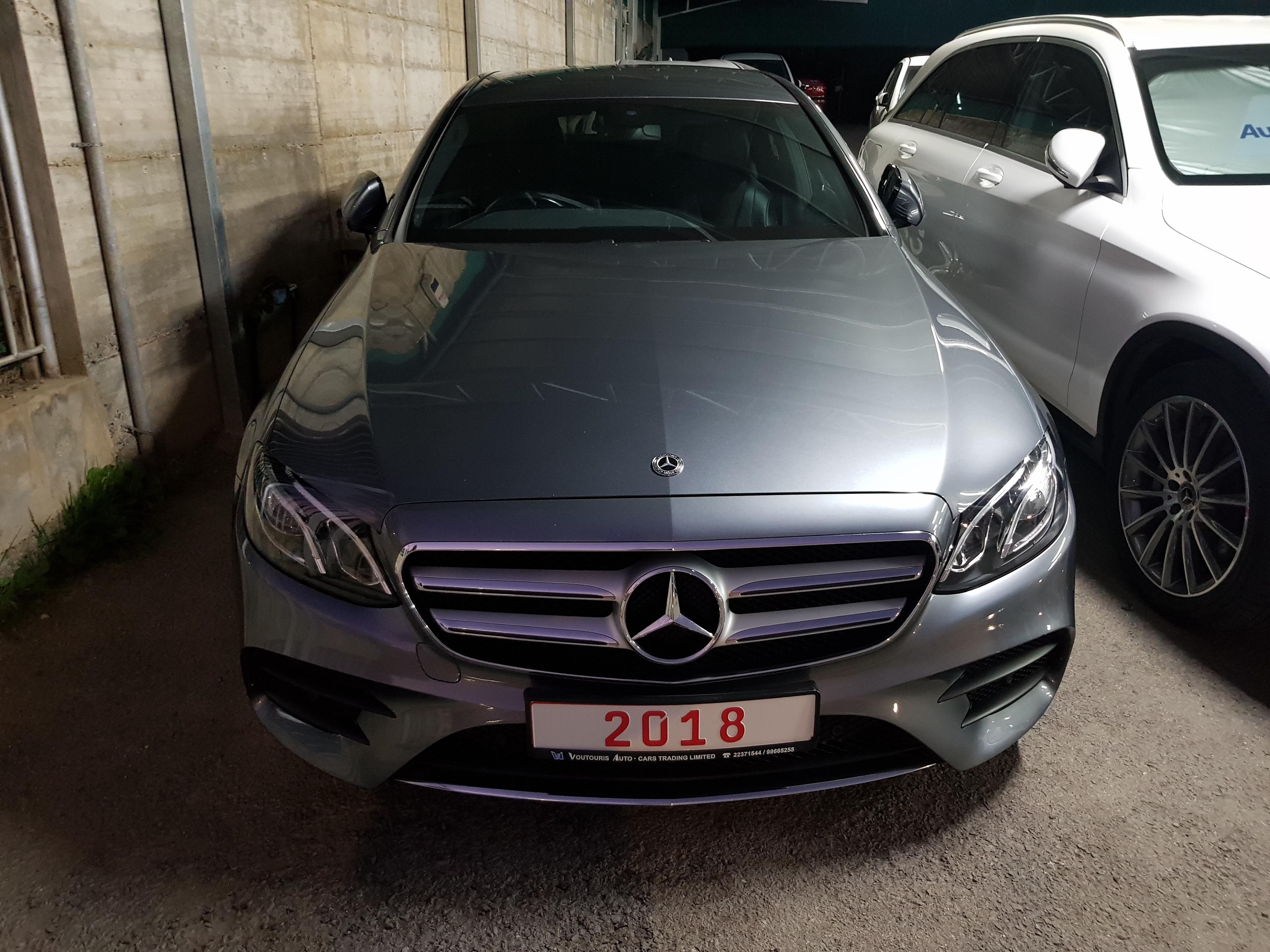 Mercedes E220d Grey 02