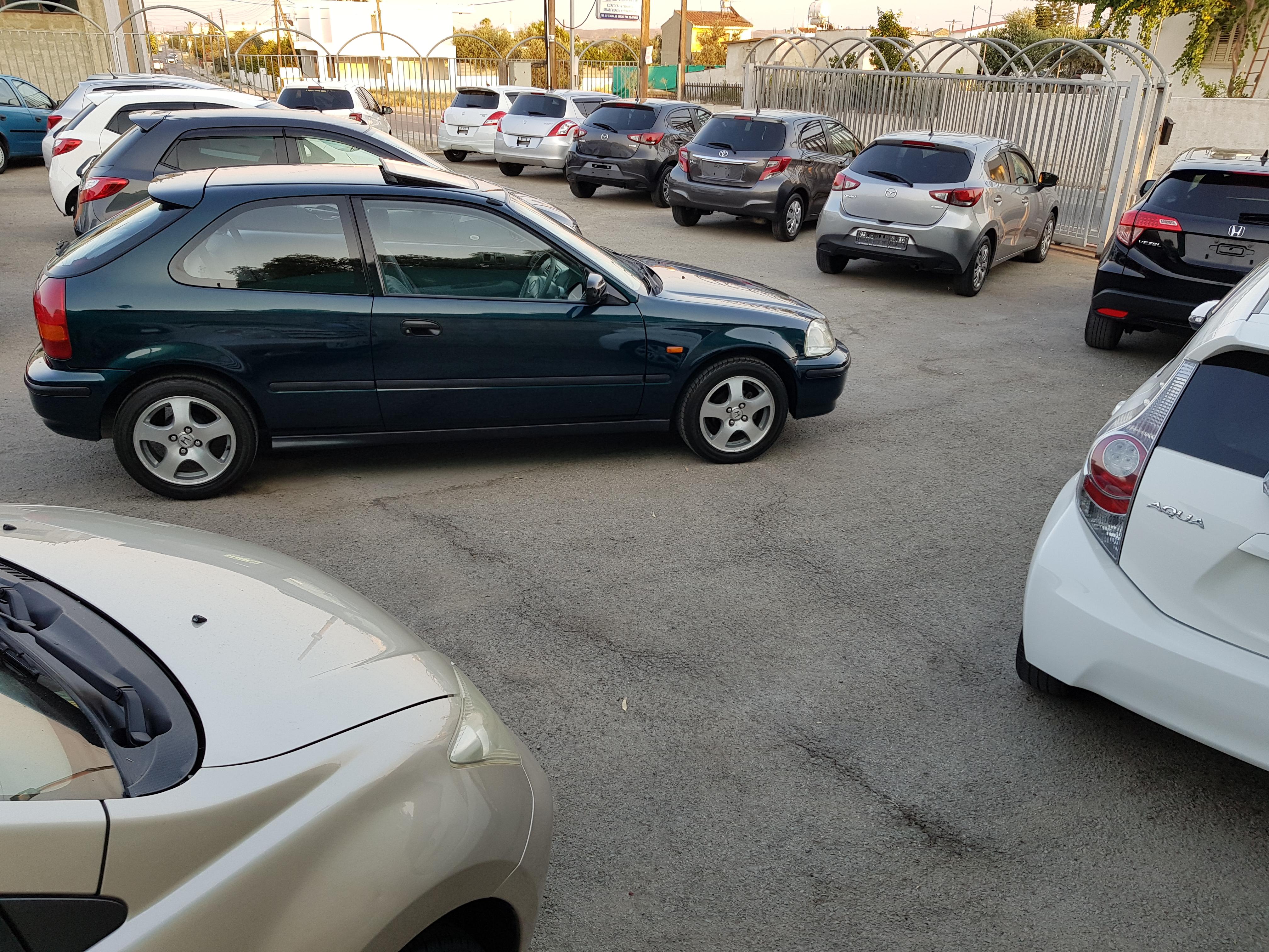 Honda Civic Dark Green 06