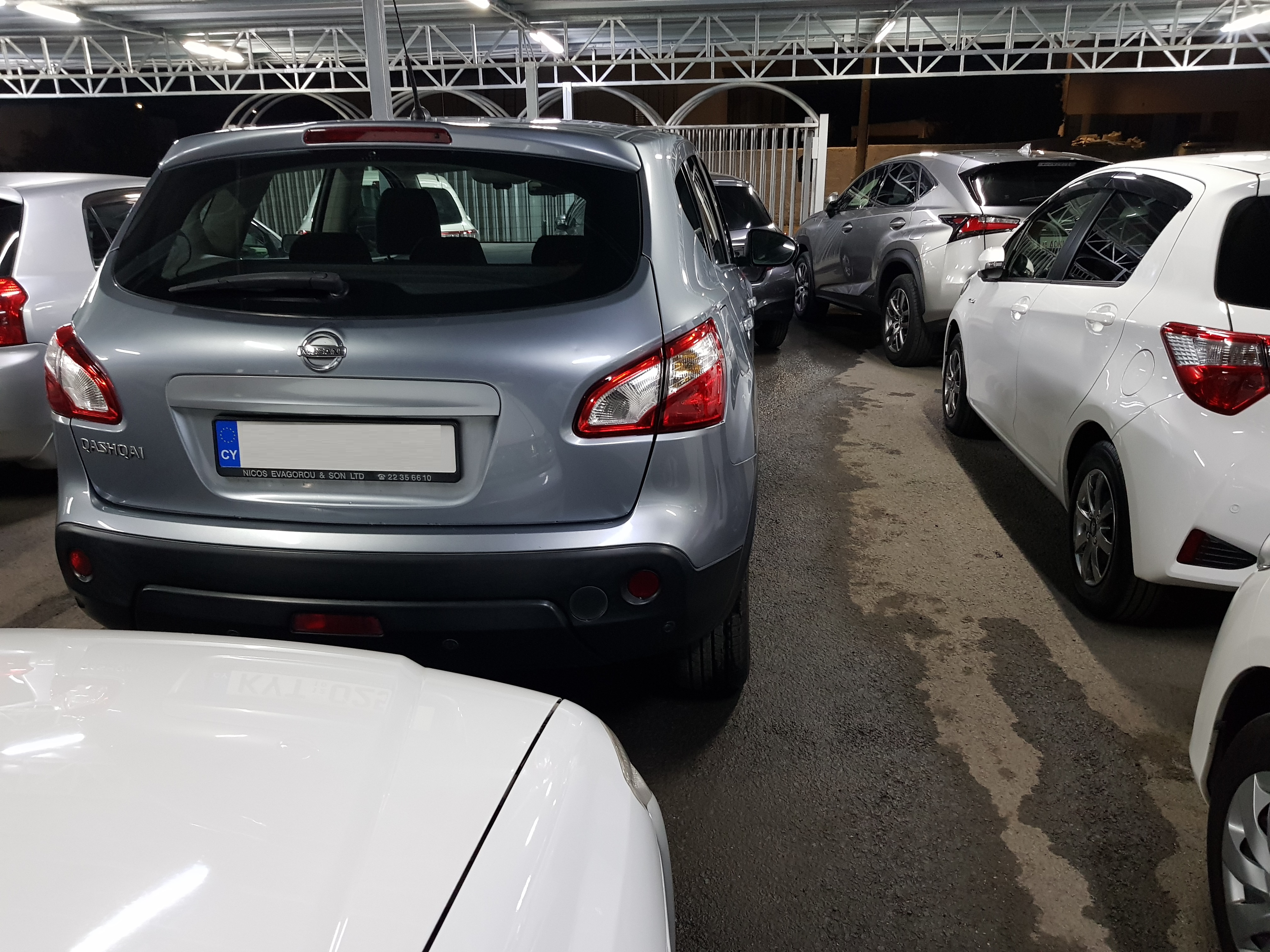 Nissan Qashqai Light Grey 05