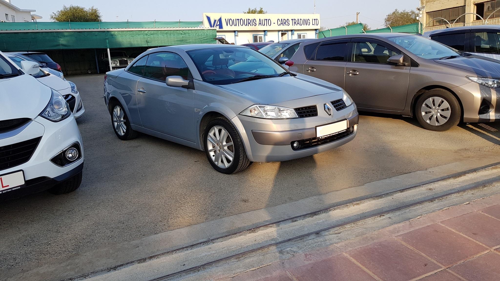 Renault Megane Convertible 02