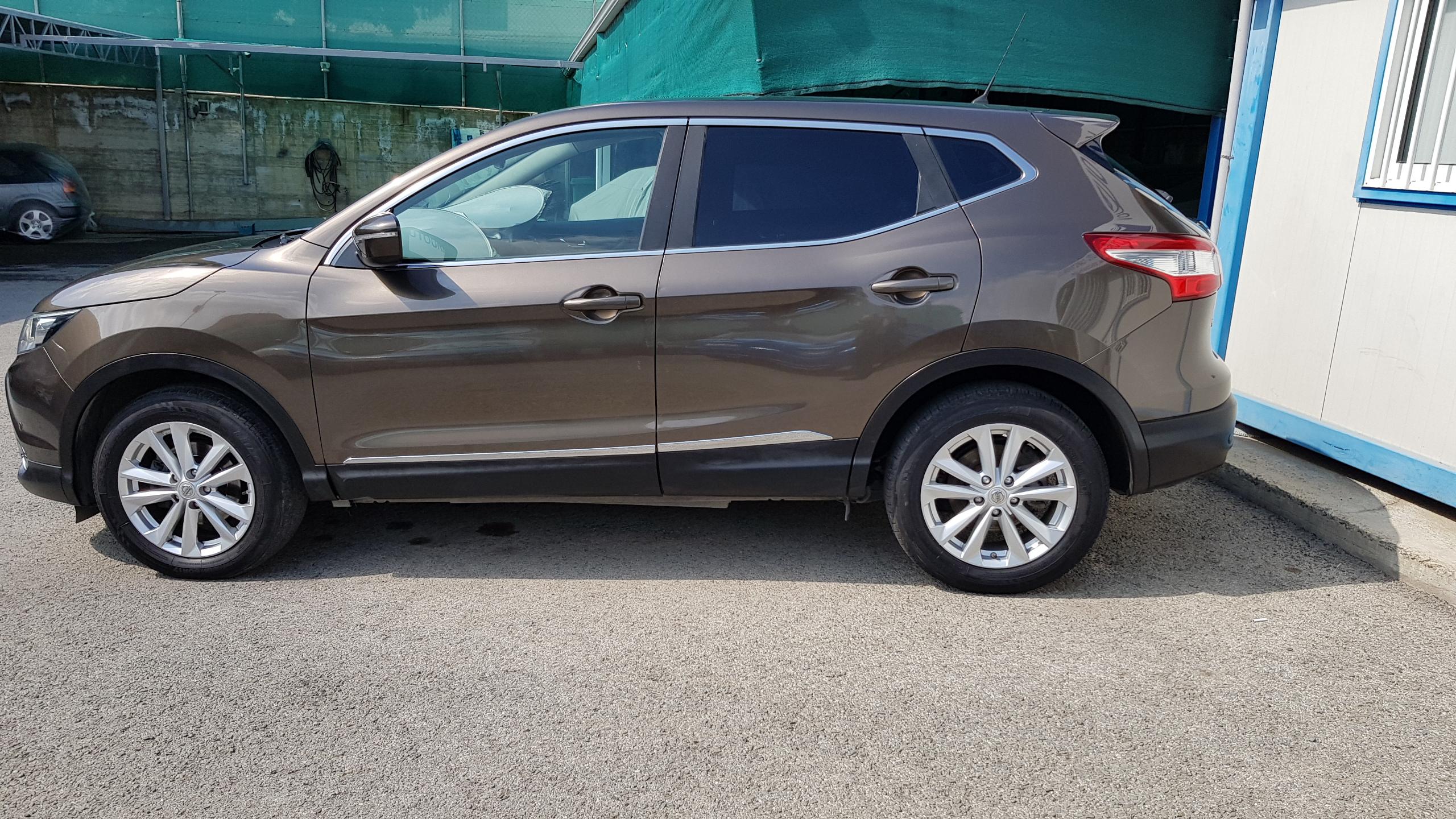 Nissan Qashqai Grey Metallic 05