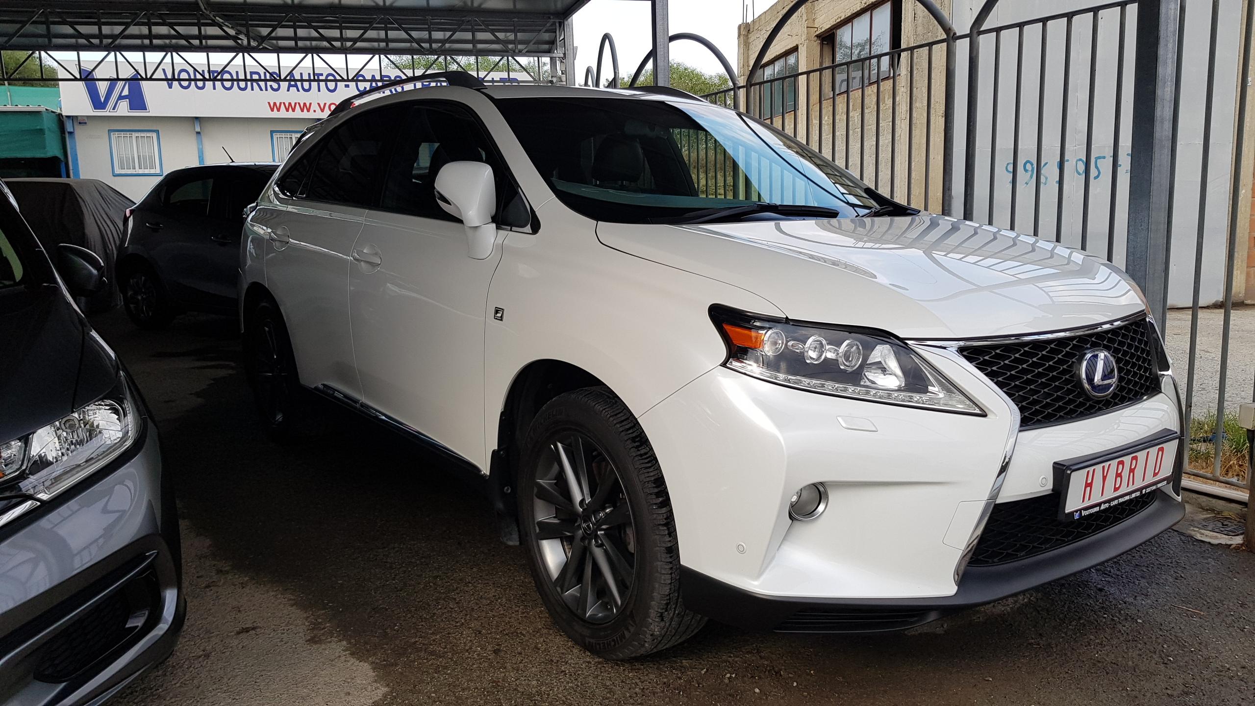 Lexus RX450h White Pearl 02
