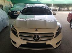 Mercedes GLA200d White 02