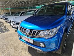 Mitsubishi L200 Double Cab Blue 01