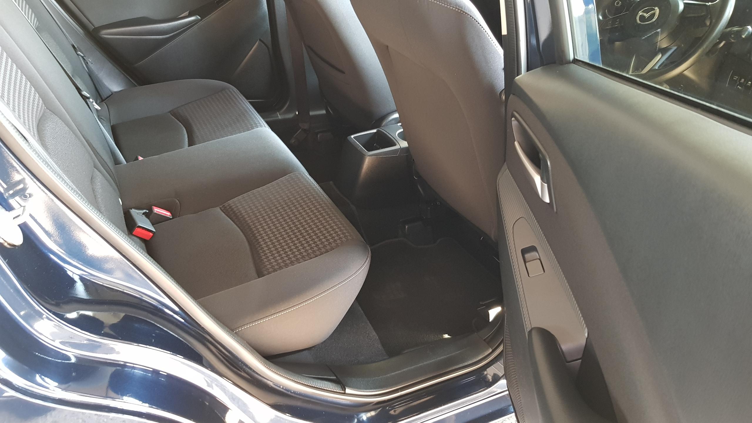 Mazda Demio 2018 Dark Blue 11