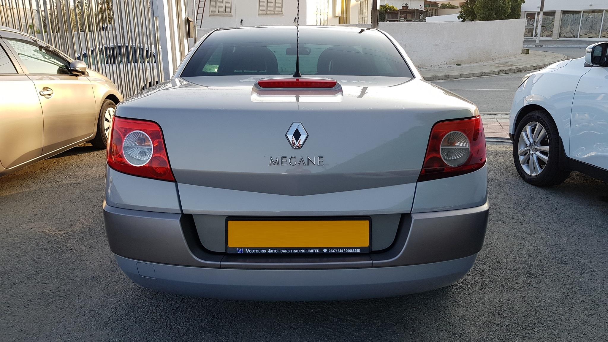 Renault Megane Convertible 04