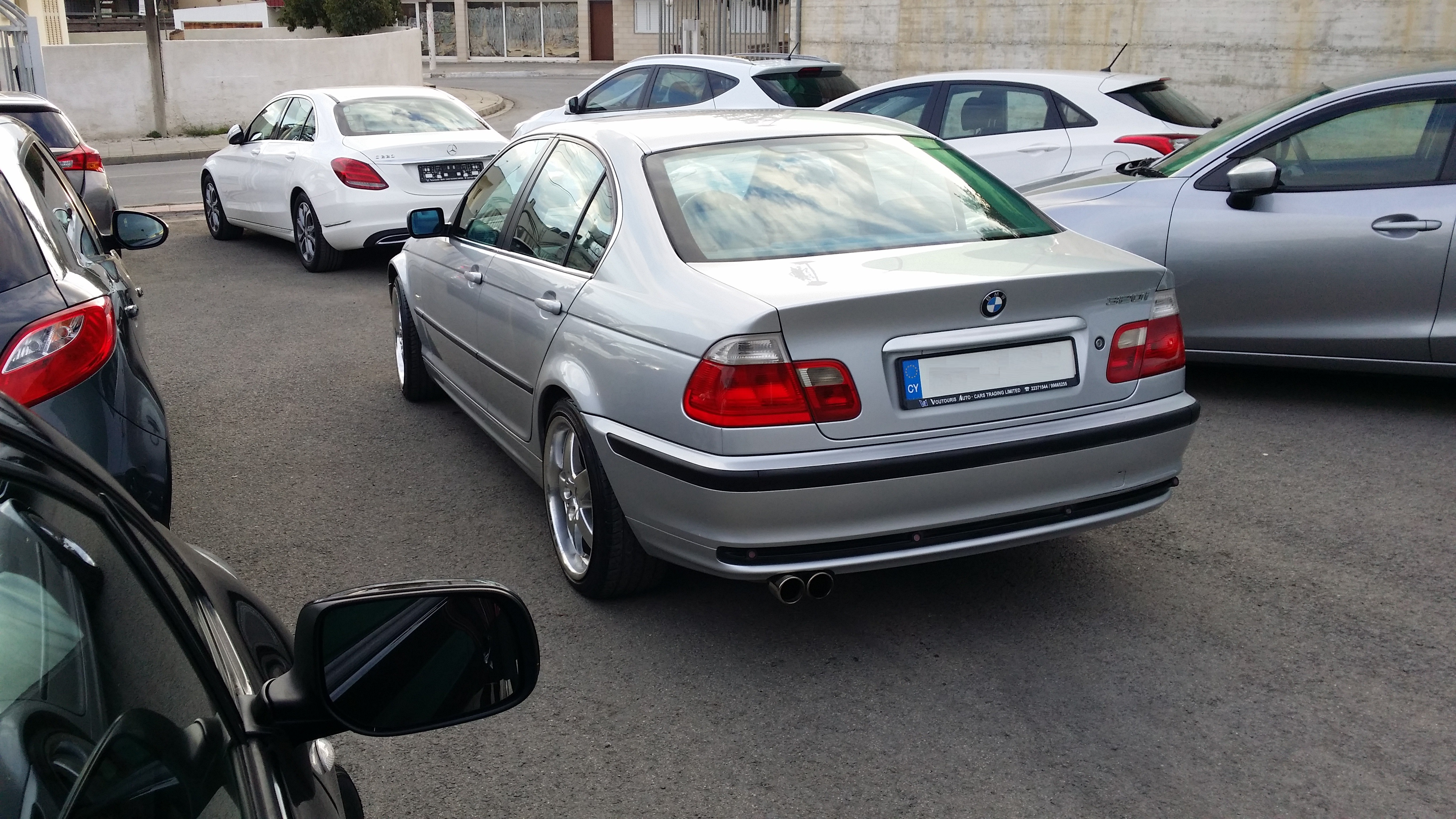 BMW 320i Silver