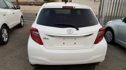 Toyota Vitz White 07