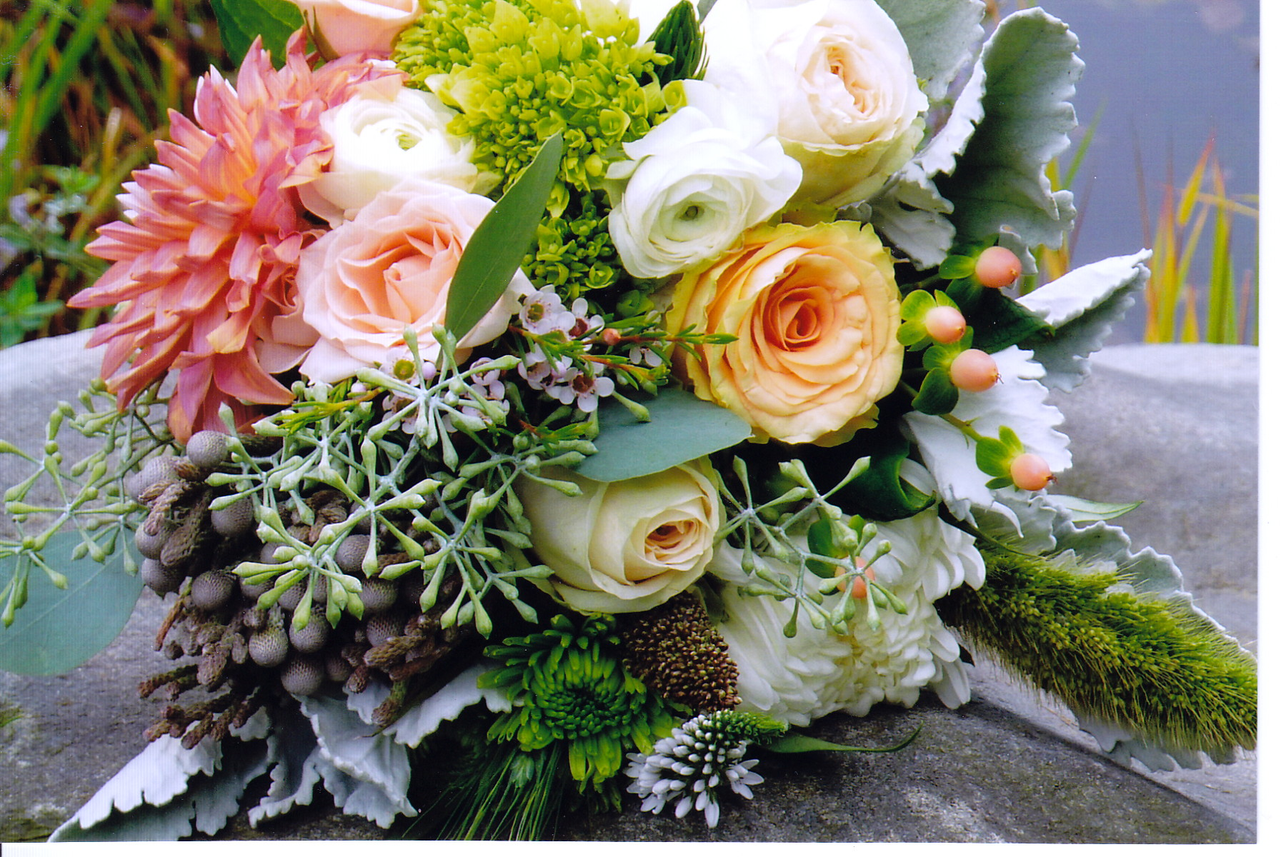 rustic bridal bouquet.jpg