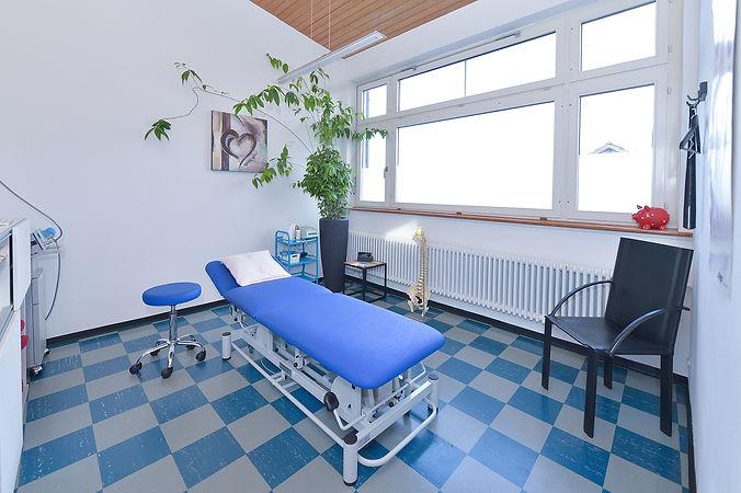 Behandlungsraum.jpg