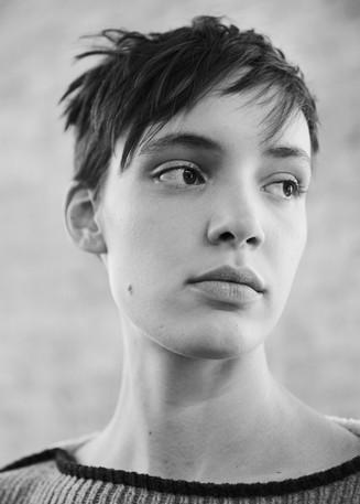 Dazed_Eckhaus_Latta_Beauty_Card01 8.jpg