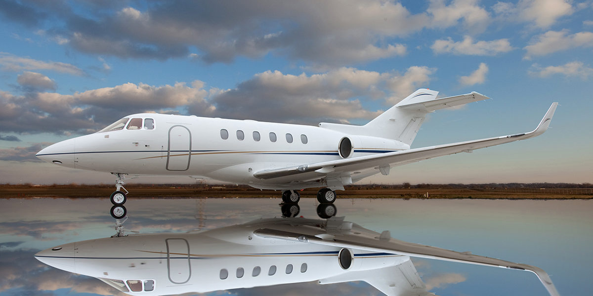 Hawker 900XP Exterrior