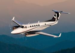 King Air 350 in air