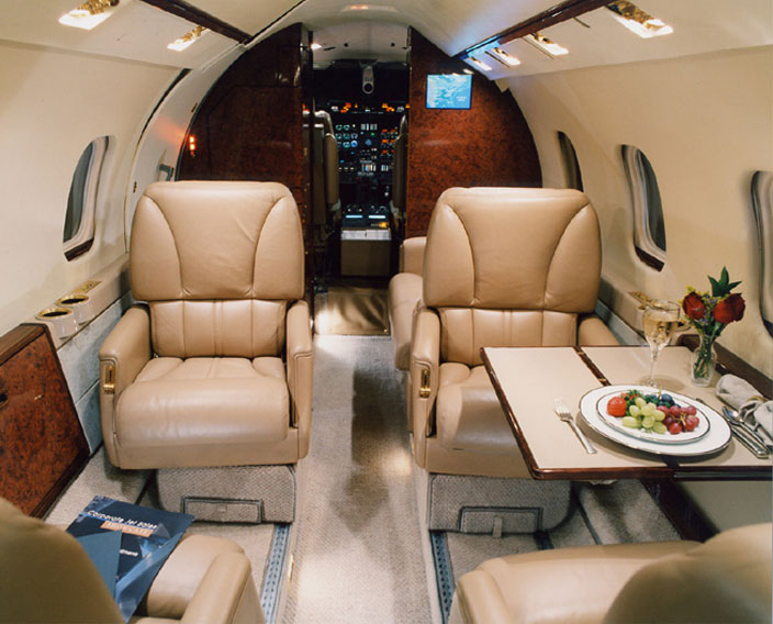 Learjet-55-Interior