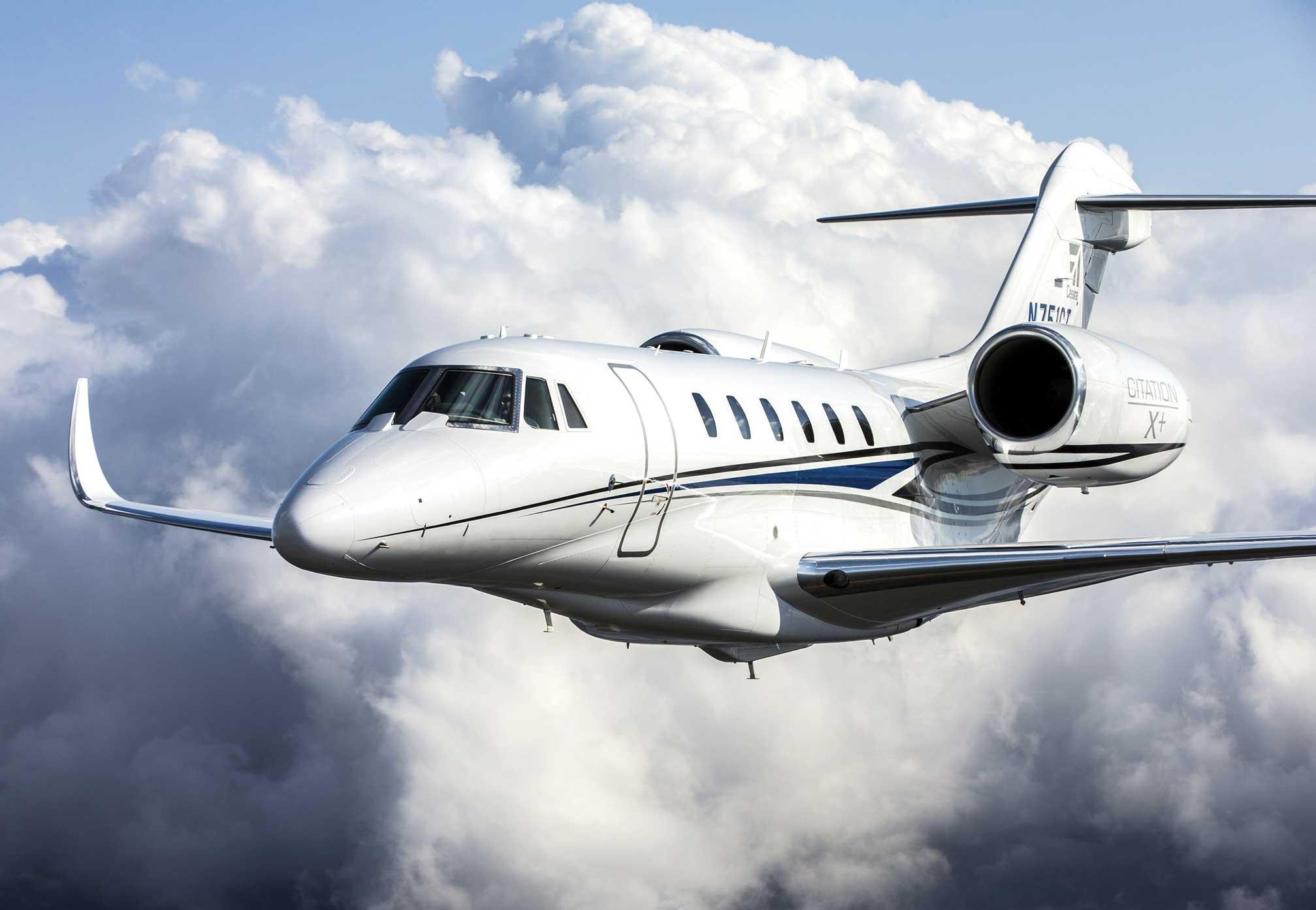 Citation X flying